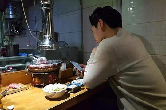 """韩国迎来""""单人消费""""时代 独来独往成趋势"""