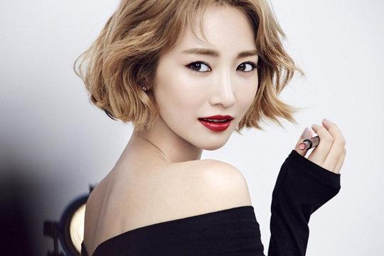 高俊熙与YG娱乐签订专属合约