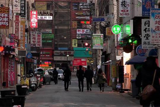 """首尔""""中国城""""大林洞商户叹生意难做 萨德使往日繁荣景象不再"""