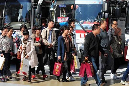 韩萨德令赴济州中国游客减少 业界推廉价旅游商品吸引本国游客