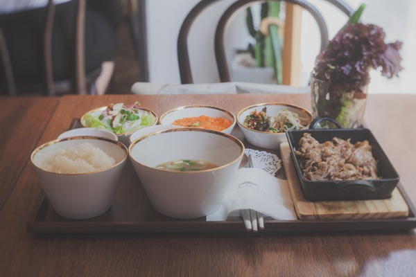 感受韩国式的家庭美味