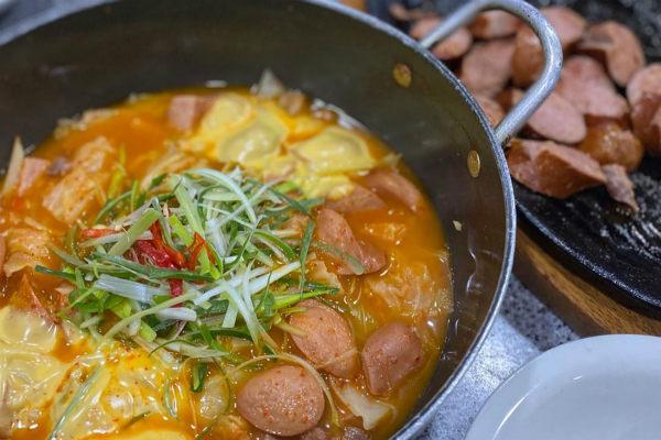 探寻隐藏在首尔老店里的美味