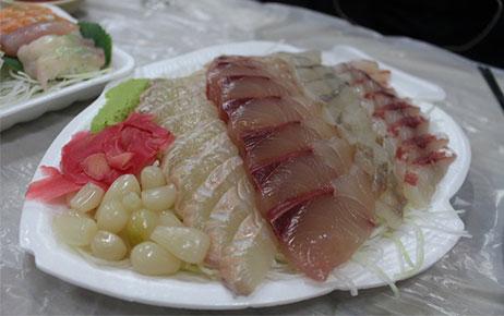 江原道江陵美食:探访鹭粱津水产市场