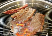 弘大牛肉专卖店:七百食堂