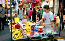 探访韩国明洞美食街