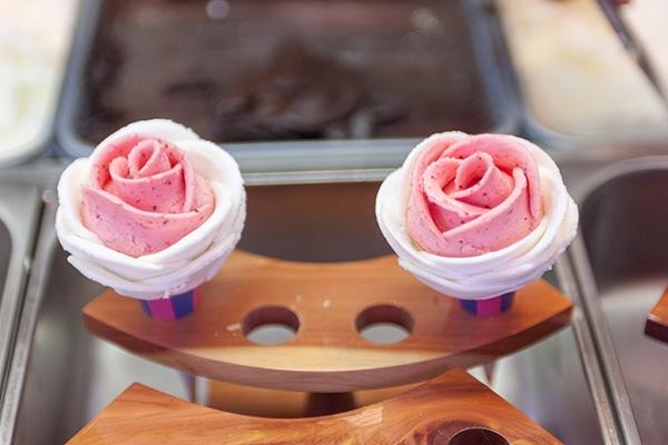 milky bee玫瑰冰淇淋 ()