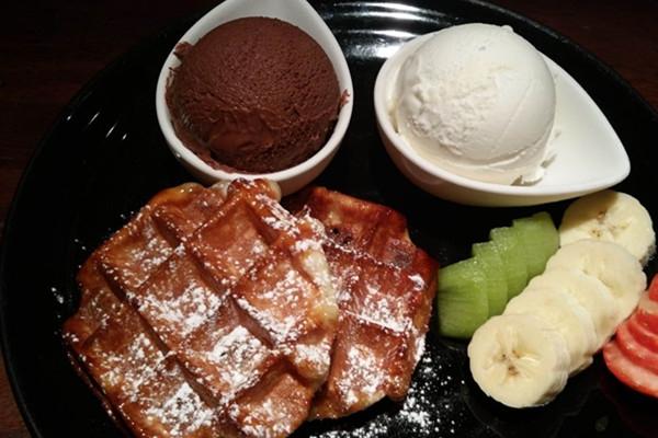 Waffle It Up 华夫甜品