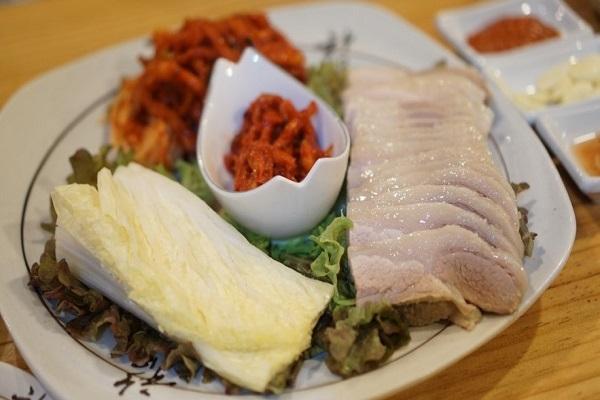 花嫁菜包肉