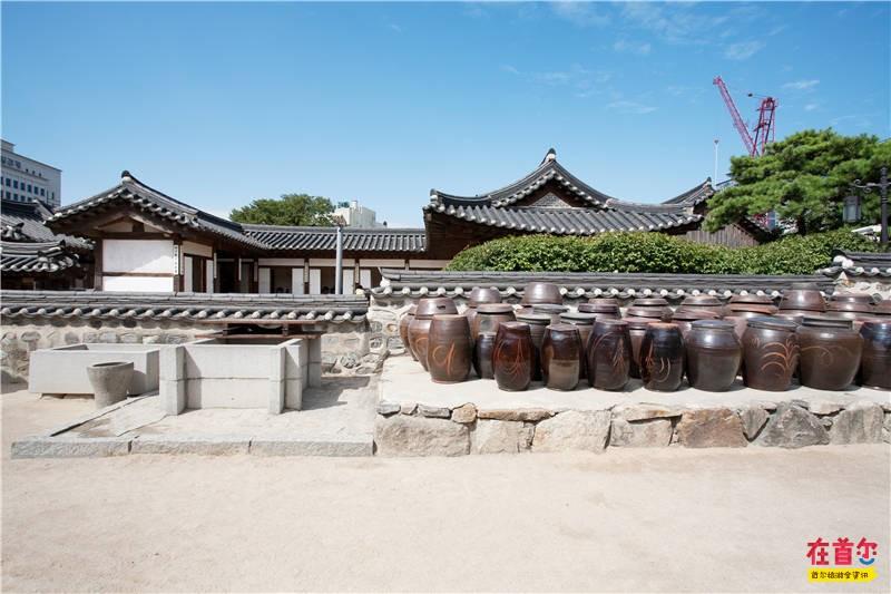 南山村站街_南山谷韩屋村_韩国自由行_韩国旅游攻略_韩国景点美食-在首尔