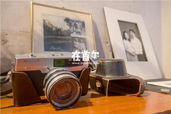 黑白照相馆