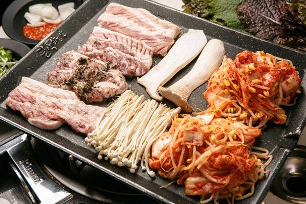 八色烤肉(弘大1号店)
