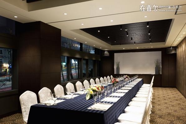 宜必思首尔江南大使酒店