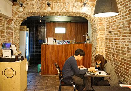 [明洞]Kinnor 七弦琴咖啡厅