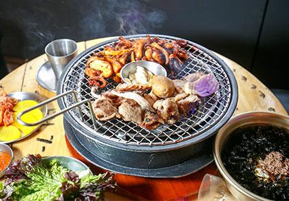 [弘大]香村子炭火烧烤店