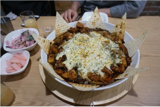 韓國美食店魔女燉雞