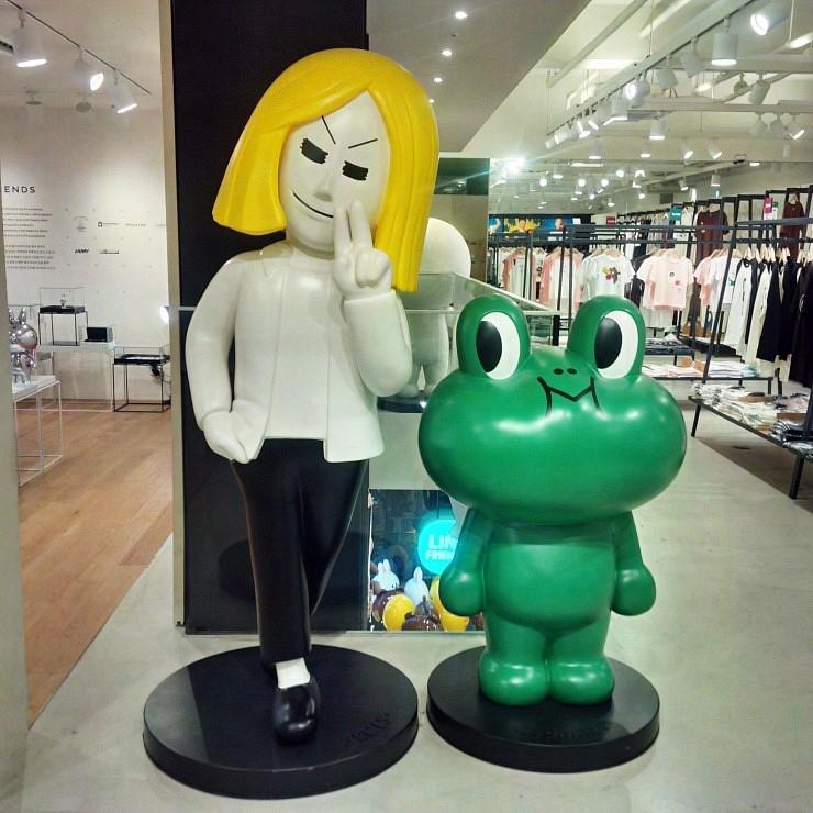 line friends store(林荫路店)